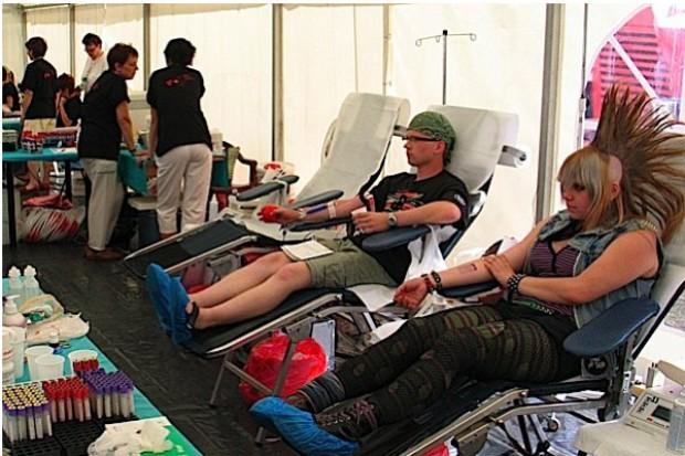 Przystanek Woodstock: oddano już 600 litrów krwi