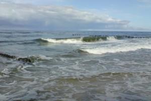 Świnoujście: zakaz kąpieli w morzu utrzymany