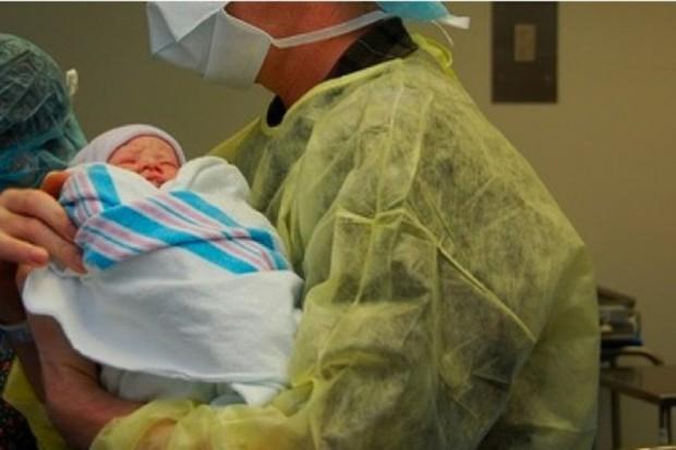 Znieczulenie przy porodzie, czyli NFZ nie zapłaci, ale pacjentka może?