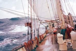 Gdynia: płyną żaglowcem na kongres kardiologiczny