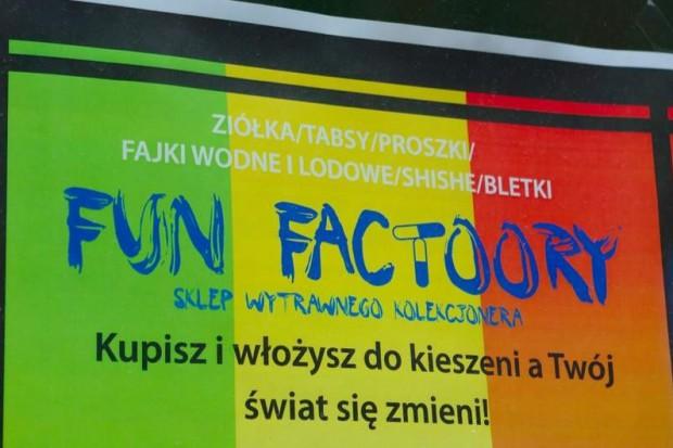 Śląsk: dzieci do szkoły, skarbówka do funshopów