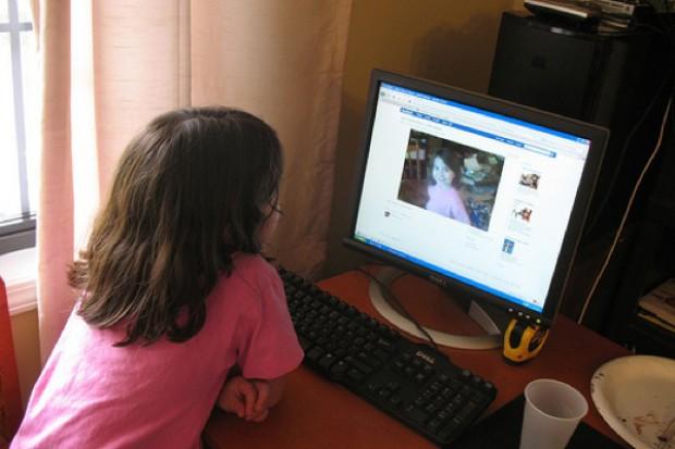 Wrocław: na białej ławeczce o zdrowiu dziecka