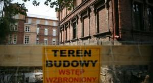 Wrocław: mają problem ze sprzedażą budynków po szpitalu - jest trzeci przetarg