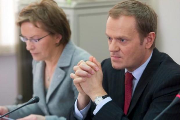 Minister zdrowia leci na miejsce katastrofy polskiego autobusu