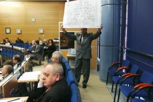 Dąbrowa Górnicza: będzie specjalna sesja ws. protestujących salowych