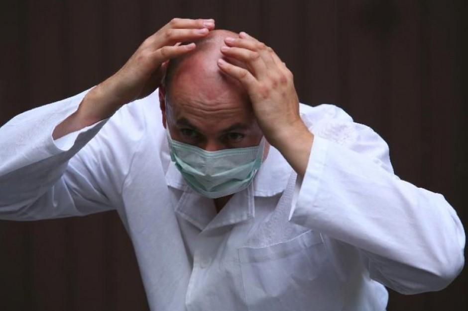 Kardiolog przyjmie cię za osiem miesięcy, choć...