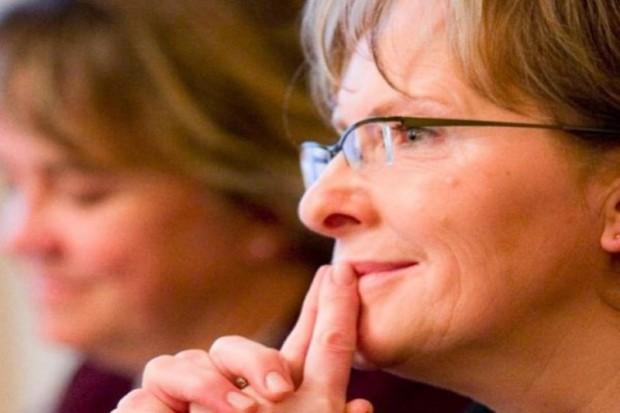 Ewa Kopacz o żądaniu odwołania: to mnie tylko mobilizuje