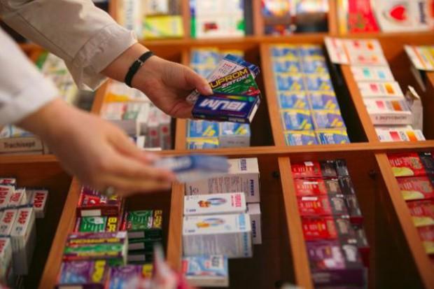 CBOS: Polacy nie konsultują zażywania leków OTC