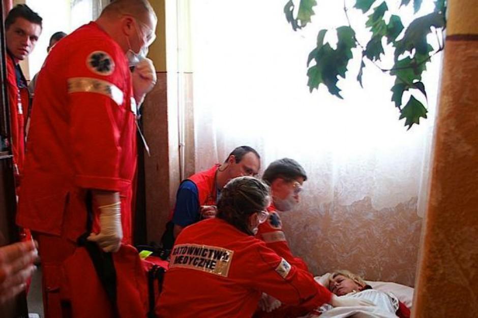 NIK o kształceniu pielęgniarek, położnych i ratowników
