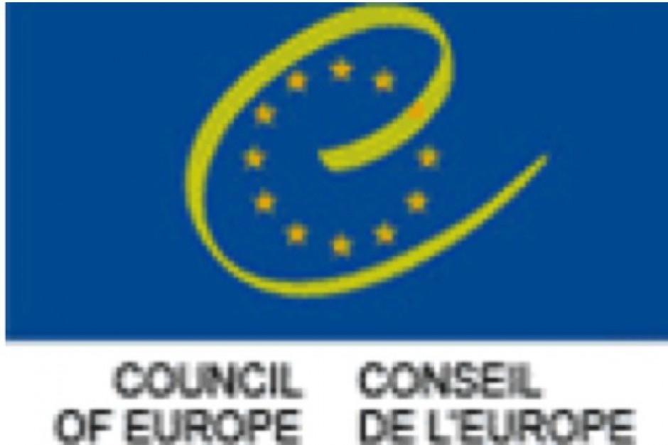 Medal Rady Europy dla Piotra Jabłońskiego za walkę z narkomanią