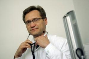 Prof. Gaciong: jesień groźna dla pacjentów z chorobami układu krążenia