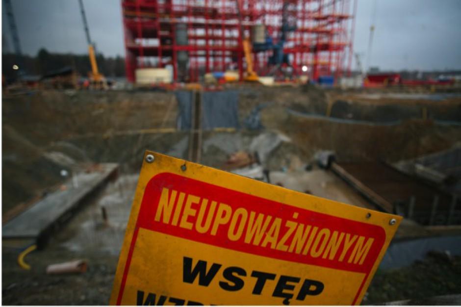 Słupsk:  nie widać końca budowy szpitala