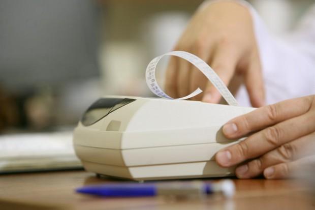 Ministerstwo Finansów o rejestrowaniu w kasie świadczeń medycznych