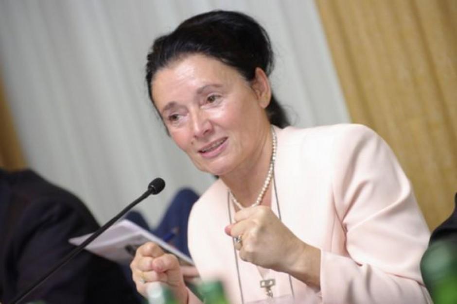 Prof. Alicja Chybicka z nagrodą Rzecznika Praw Dziecka