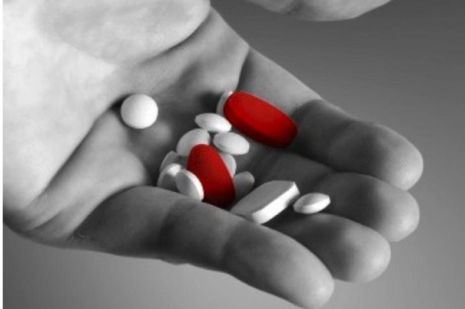 Coraz częściej uzależniamy się od leków