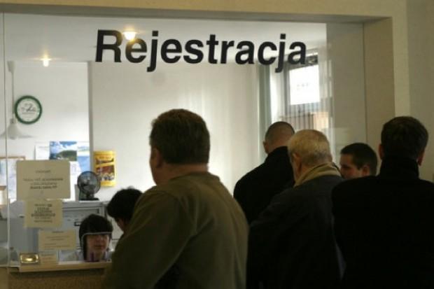 Śląskie: problemy poradni specjalistycznych i protest pacjentów