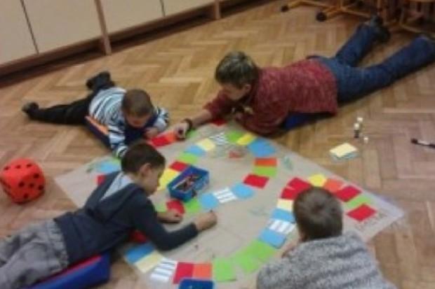 Dzieci w przedszkolu szybciej uczą się mówić