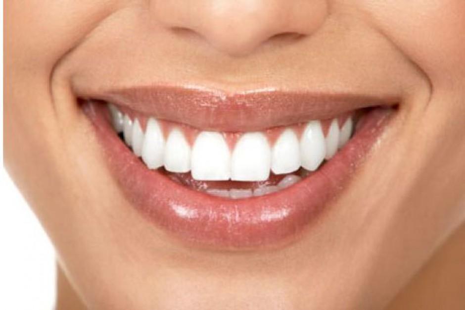 USA: zęby śnieżnobiałe, ale niekorzystne dla organizmu