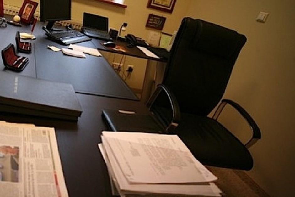 Częstsze wstawanie od biurka = zdrowsze serce