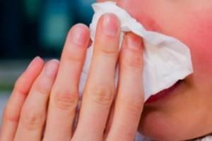GIS: trochę więcej chorych na grypę