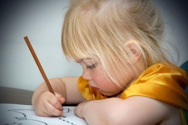 Wczesna dwujęzyczność pozytywnie wpływa na rozwój dzieci