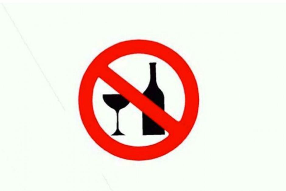Katowice: wykładowca zawieszony za alkohol