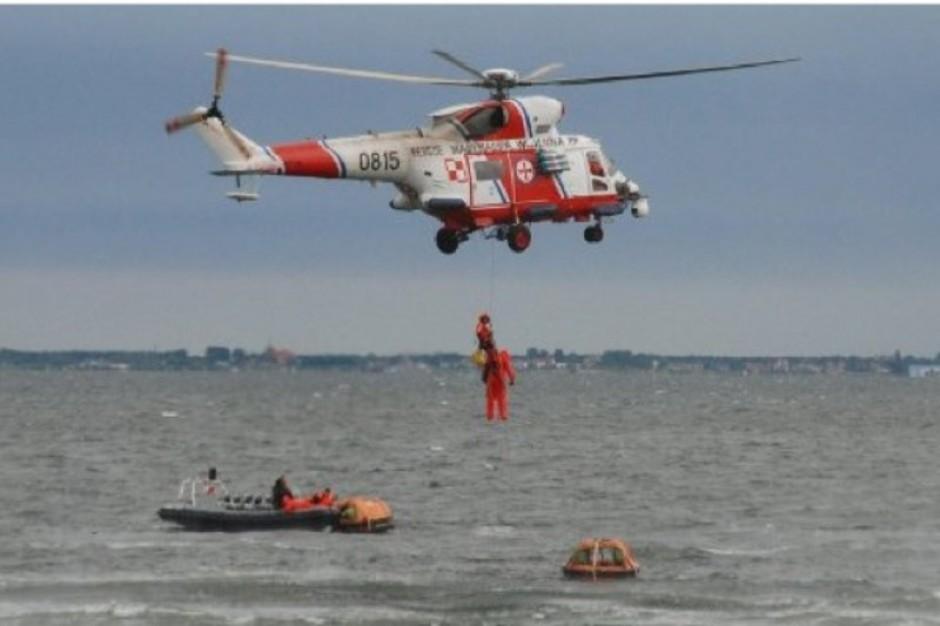 Gdynia: śmigłowiec ratowniczy Marynarki Wojennej w akcji