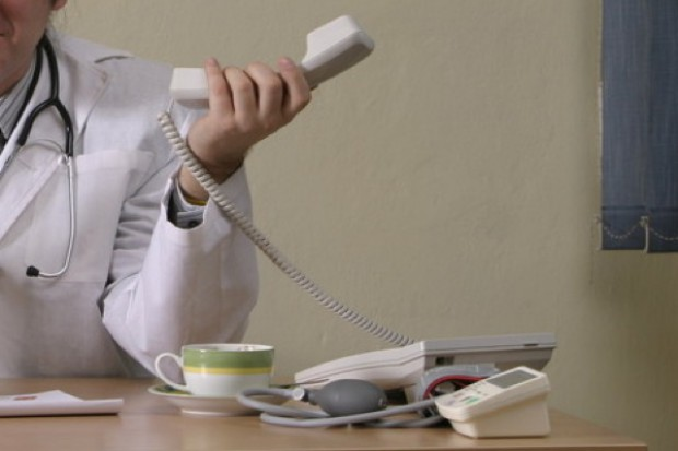 Nie takie kolejki straszne? Telefony do pacjentów odblokowały terminy u specjalistów