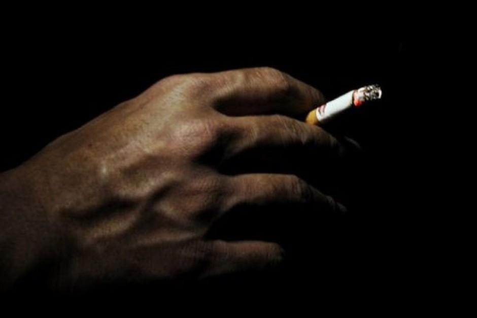 W Chinach ocenzurują palenie w filmach