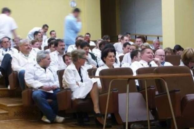 Będą zmiany w systemie kształcenia podyplomowego lekarzy