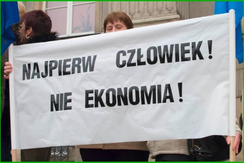 Łódzkie: koniec blokady i protestu ws. nocnej opieki medycznej w Ozorkowie