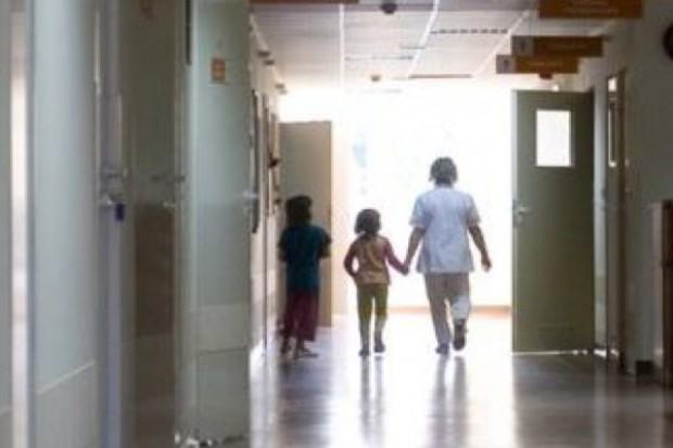 Szczecin: aktorzy odwiedzili małych pacjentów