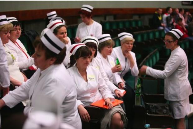 Streker-Dembińska: do negocjacji z pielęgniarkami potrzebni mediatorzy