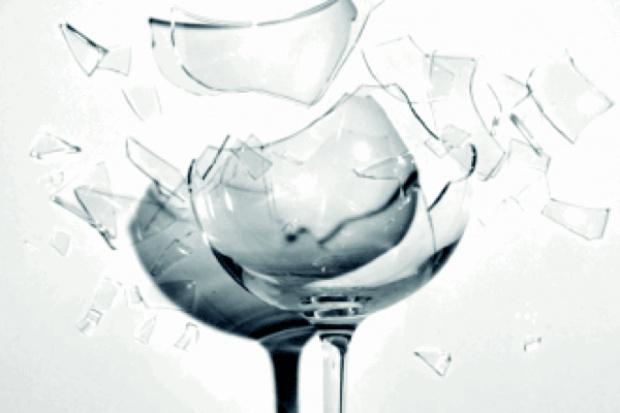 Dzierżoniów: lekarz zwolniony za alkohol