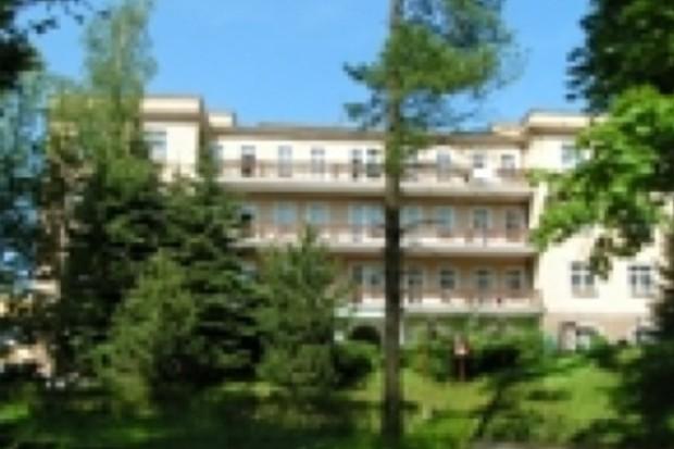 Kudowa Zdrój: szpital wojskowy przekazano starostwu kłodzkiemu