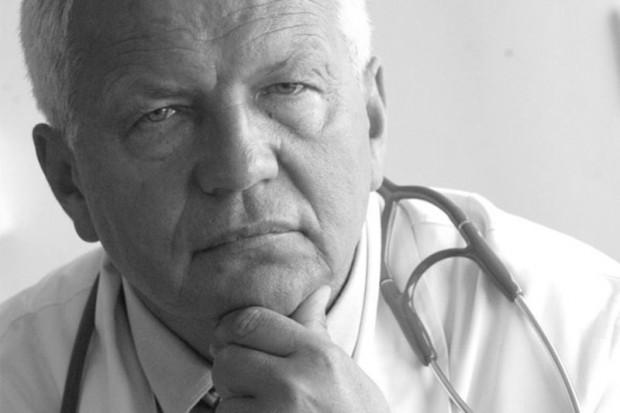 Warszawa: odszedł prof. Hubert Kwieciński
