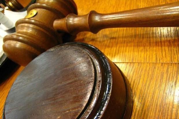 Bydgoszcz: sąd orzekł przepadek wręczonych korzyści za fikcyjne zwolnienia