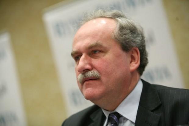 Adam Fronczak o usunięciu opłaty od zysków z refundacji leków