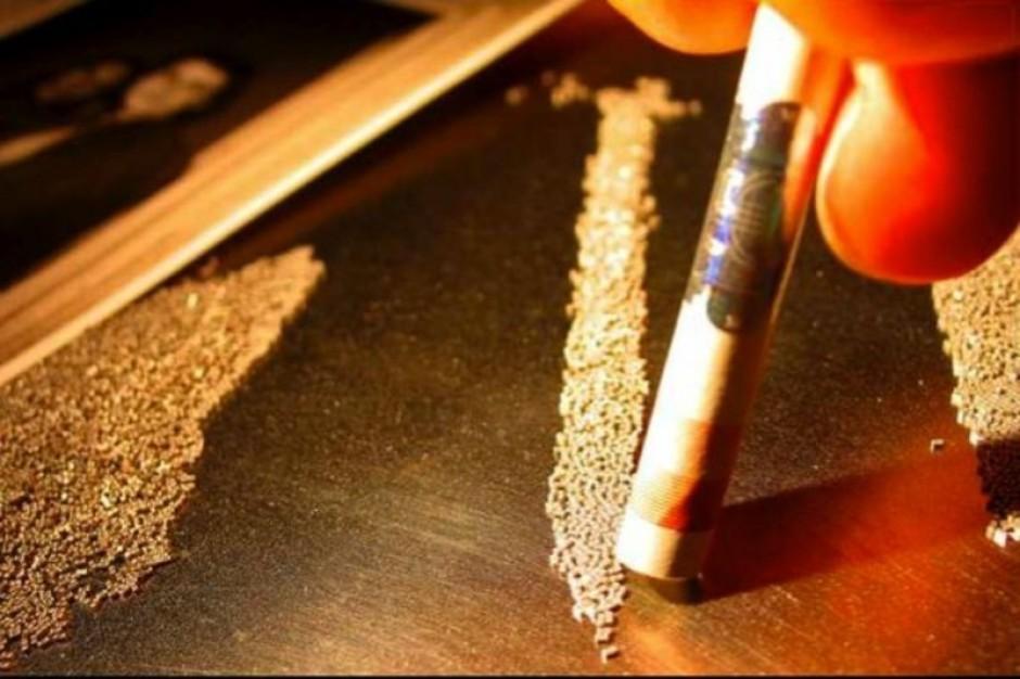 UE: błyskawicznie przybywa nowych narkotyków