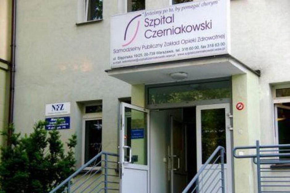 Szpital Czerniakowski nadal leczy pacjentów z udarami, choć NFZ był przeciw