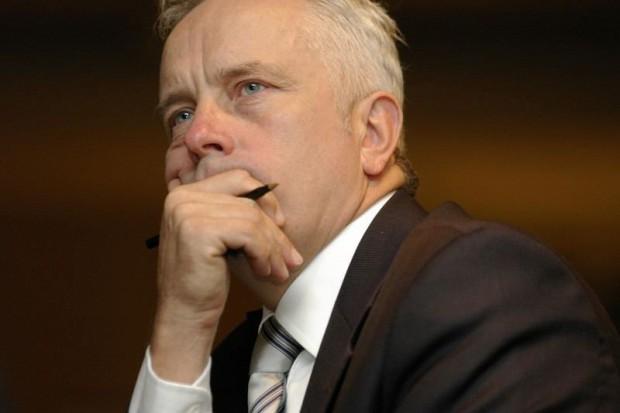 EMC chce pozyskać kilkanaście mln zł z emisji akcji