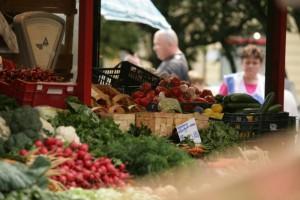 Eksperci PZH: myjmy ręce i warzywa, kupujmy jarzyny z pewnego źródła
