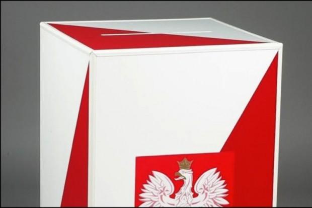 PiS zbiera podpisy pod wnioskiem o referendum ws. służby zdrowia