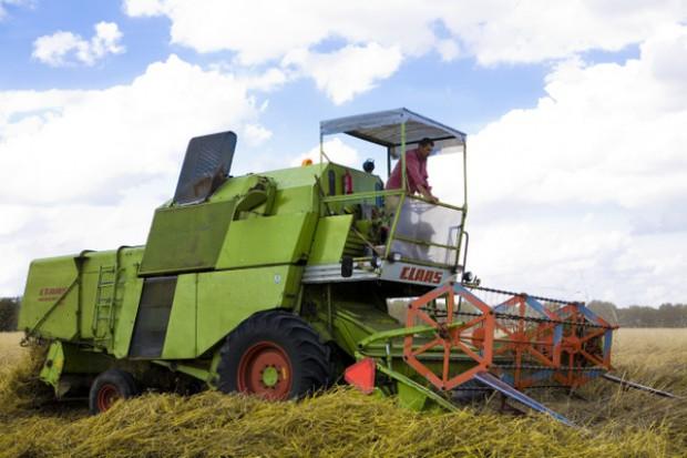 Rolnicy prowadzący własną działalność bez świadczeń związanych z chorobą zawodową