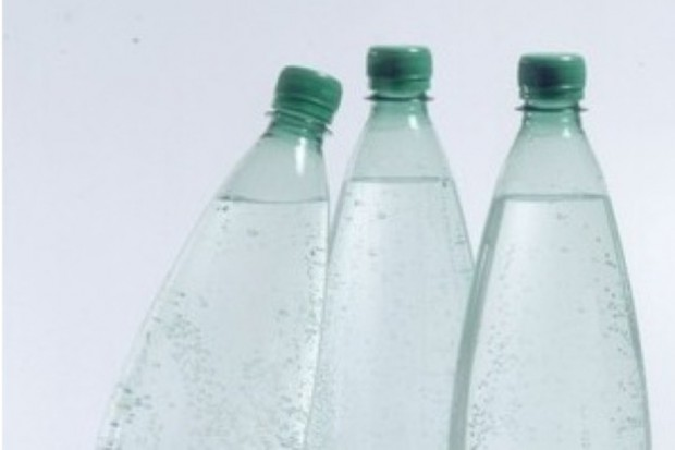 Czechy: w skażonej wodzie mineralnej nie było bakterii EHEC