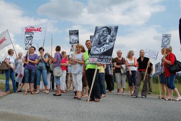 Rabka-Zdrój: pracownicy szpitala dzisiaj też zablokują drogę