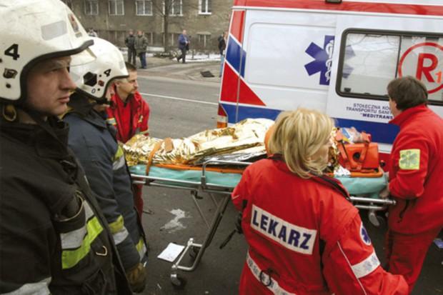 Jarosław: ratownicy rozpoczęli protest, wyjdą na ulice