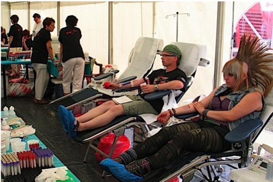 Stacje krwiodawstwa szykują ekipy na Przystanek Woodstock