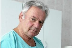 Prof. Bielecki: piętnuje się chirurga, zanim komisja zaczęła pracować