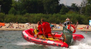 RPO pyta o niewystarczającą liczbę ratowników wodnych, MSWiA odpowiada
